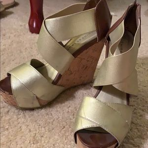 Chinese Laundry Wedges